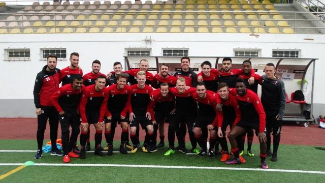 Vitesse Delft 1 op trainingskamp
