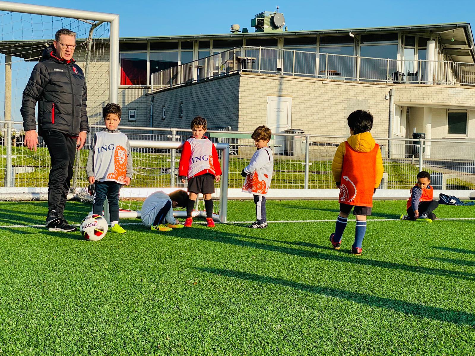 Programma Nationale voetbaldag bij Vitesse Delft 12 Juni